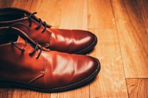 Shoe polishing service Bartoli Cleaners